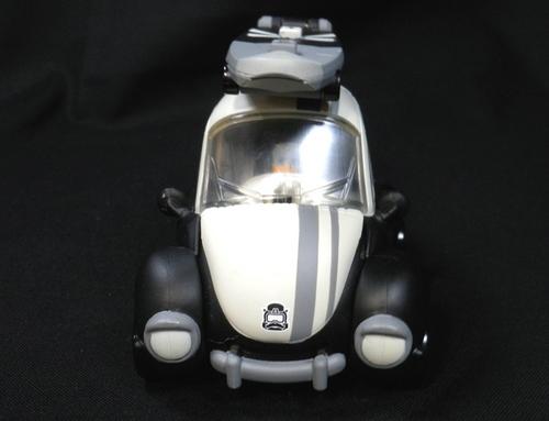 ドナルドロボ車3.JPG
